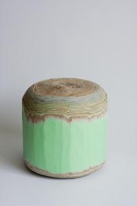 Cardboard stool by Luisa Kahlfeldt 1