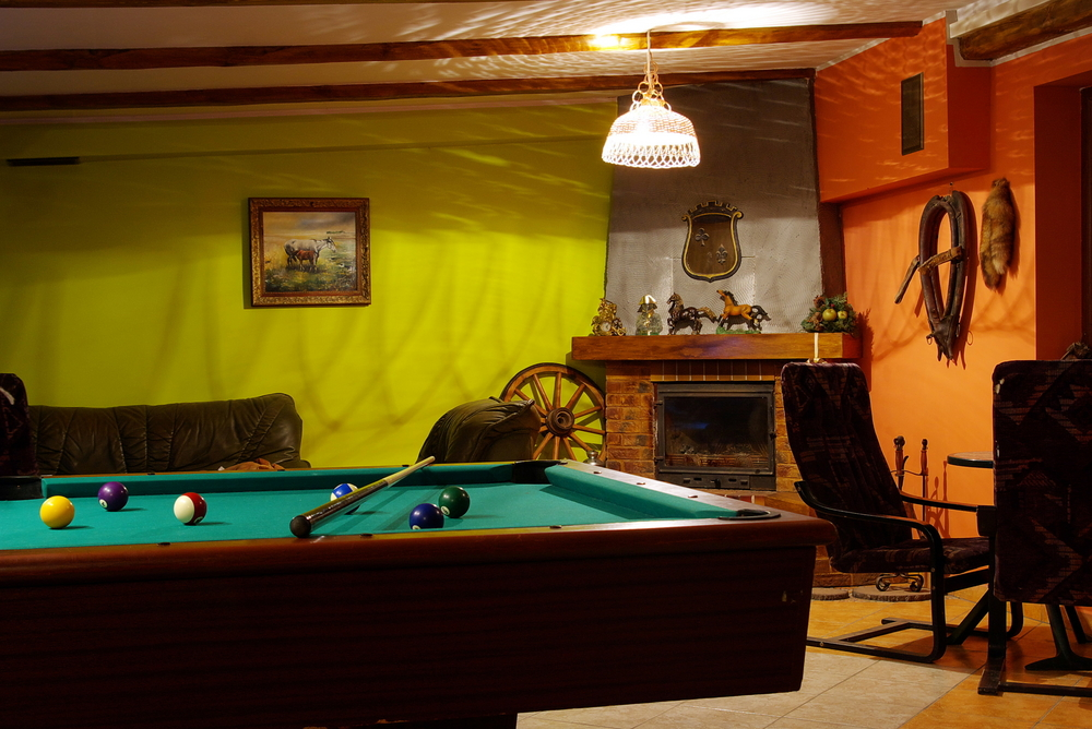 40 Classic Billiard Room Ideas For The Home | Structurespace